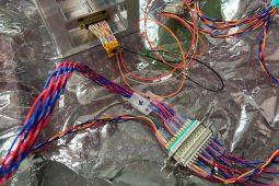 宇宙生命実験装置 TU BioCube: 試作1号機の熱真空試験準備 (2021/4/25)